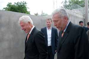 In Haiti with President Clinton (photo by Mark Steed)